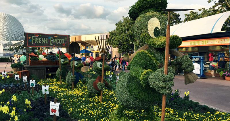 Donald Duck, Huey, Dewie, Louie Topiart at Epcot International Flower and Garden Festival | Walt Disney World | DuckTales