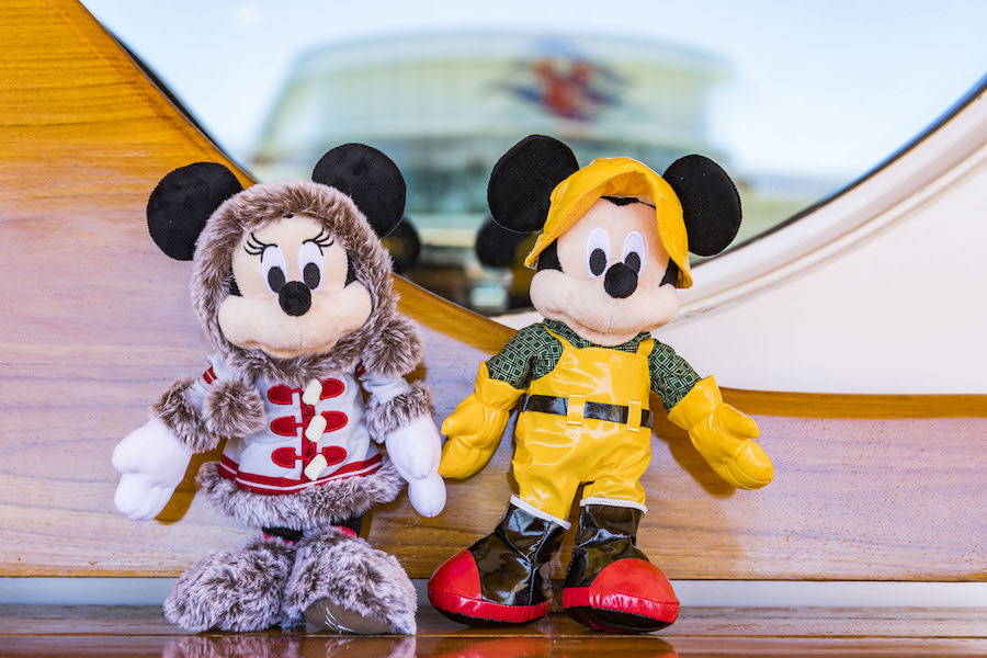 Mickey and Minnie Plush Available on the Disney Wonder