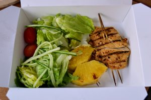 Manage Food Allergies at Disney World with menu items like the grilled chicken and pineapple skewer from the Capt Cook's allergy-friendly Kids Menu