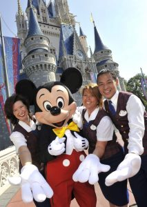 Tour Guides in Magic Kingdom take Dining in Disney World to the next level