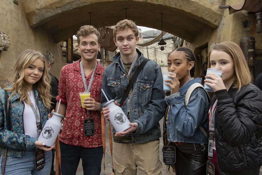 The Cast of Hulu's 'Little Fires Everywhere' and 'Dollface' visit Star Wars: Galaxy's Edge