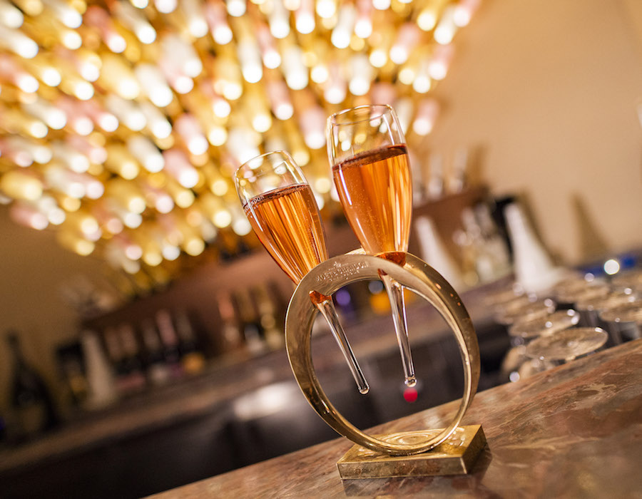 Pink: Wine and Champagne Bar