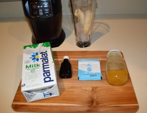 Ingredients for Blue Milk at home